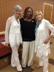 Back stage at the 2012 Posi Awards in Orlando! Please let us know the name of the sweet woman in the middle!